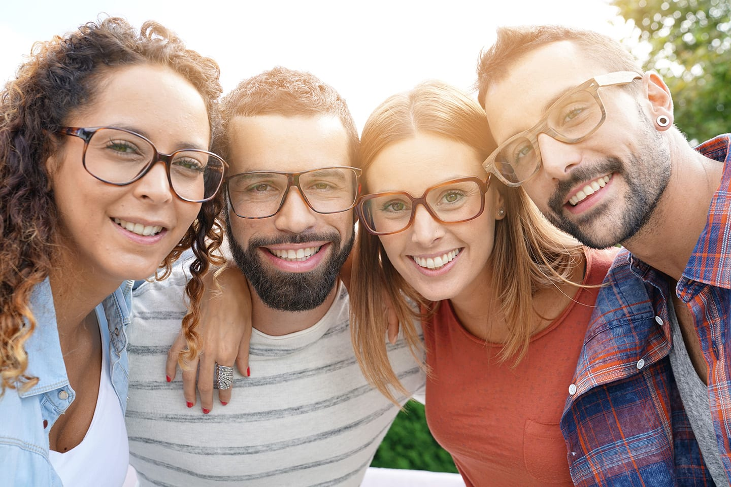 A Guide to Choosing the Right Frame for Your Face Shape in Oakville, MO